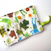 Débarbouillette nettoyante bébé/enfant, grenouilles ton vert