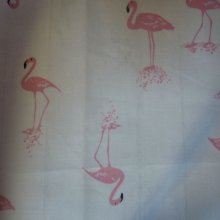 Coupon de tissu 'flamants roses'