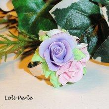 Bague bouquet floral pastel en porcelaine froide
