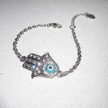 Bracelet main originale en métal argent avec strass et oeil sur chaine argent