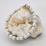 Bracelet en perles de cultures blanches et acier inox