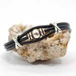 Bracelet homme cuir noir multi-rangs avec perle en métal argent
