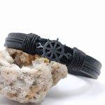 Bracelet gouvernail sur cuir noir