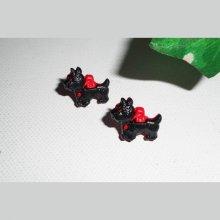 Boucles d'oreilles puces chien noir et rouge