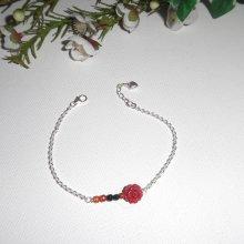 Bracelet rose rouge en gorgone avec petites agates multicolores sur chaine en argent 925