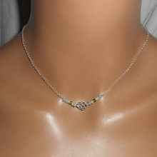 Collier ras de cou en argent 925 avec rose  et  perles en cristal bleu vert