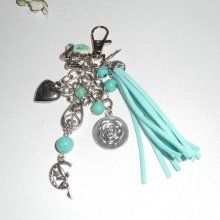 Porte clés/Bijoux de sac croix argent avec breloques fée & ange et perles en verre turquoise