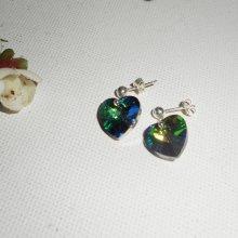 Boucles d'oreilles coeur vert en cristal de Swarovski sur clous argent 925