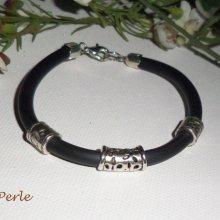 Bracelet homme  avec perles  en métal argent sur buna corde noir