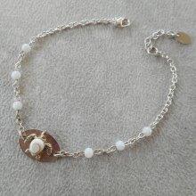Bracelet perle de nacre et médaille tortue oeil de ste Lucie sur chaine en argent 925