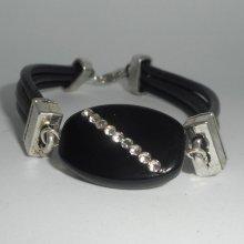 Bracelet cuir multi-rangs avec pierre en onyx et cristal