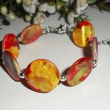 Bracelet palets de nacre fleuri jaune rouge