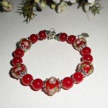 Bracelet en perles de verre fleuri avec pierres de jade coloré rouge