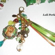 Bijoux de sac/porte clefs chat et chien avec perles en verre marron et vert