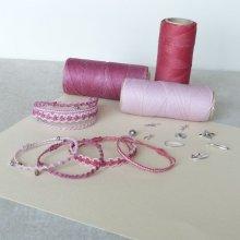 Bijoux en micro-macramé à personnaliser  en 'Nuances de rose'