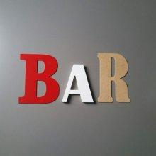 Lettre decorative murale BAR