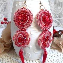 Boucles d'oreilles 'Coralie' avec des pierres semi-précieuses d'une belle couleur de corail