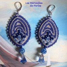 Boucles d'oreilles 'Marine Blue' une touche de bleu et de blanc