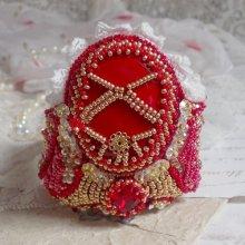 Bracelet manchette Haute-Couture avec des cristaux de Swarovski brodé façon Nous Deux