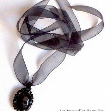 Collier pendentif cristal  'Mirano' Effet magique