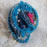 Bague Far West tout en jean, perles semi-précieuses et autres perles