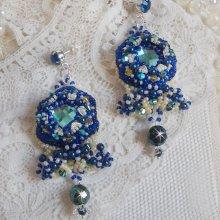BO Blue Palace Haute-Couture brodées avec des Cristaux de Swarovski, des perles nacrées, des estampes filigranées et des porte-cabochons en Argent 925/1000