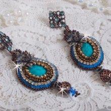 BO Ilycia Charming brodées avec deux cabochons facettés green turquoise et des cristaux de Swarovski
