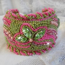 Bracelet manchette Miss Lady brodé d'un cocktail vert et rose
