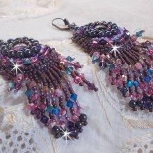 Boucles d'oreilles brodées 'Esméralda'pluie de perles