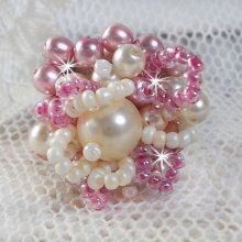 Bague en perles 'Détente' avec ces perles nacrées