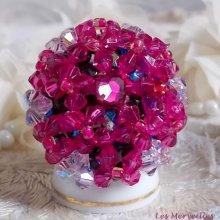 Bague cristal 'Hibiscus' couleur framboise ces perles