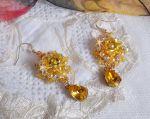 Boucles d'oreilles brodées avec des cristaux de Swarovski façon Sunflower Gold