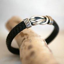 Bracelet cuir noir tressé au noeud celtique fermoir acier brossé magnétique