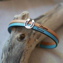 Bracelet duo de cuir et passant fer à cheval personnalisable pour homme ou femme