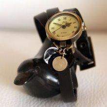 Montre bracelet triple cuir noir et sequins