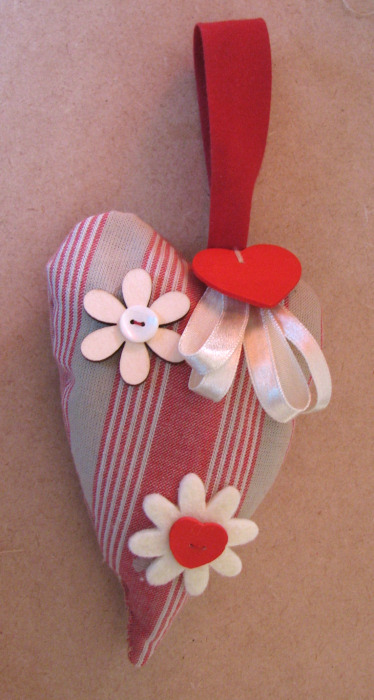 Coeurs en couture facile