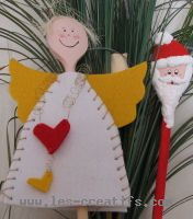 Wooden spoons decorated with felt shapes for Christmas