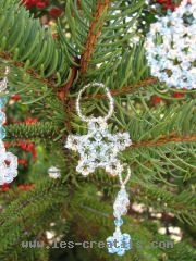 decoration de Noel en perles