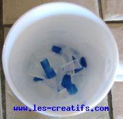 savon-colore-bleu-01.jpg (6 898 bytes)