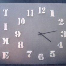 Horloge design 'Time'